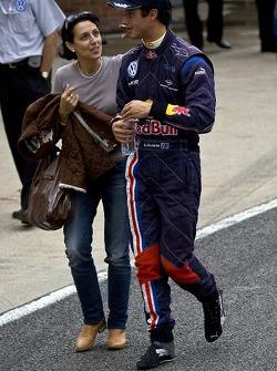 Daniel Ricciardo, race winner with his mother