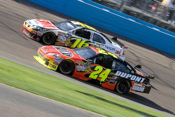 Jeff Gordon, Hendrick Motorsports Chevrolet, Greg Biffle, Roush Fenway Racing Ford