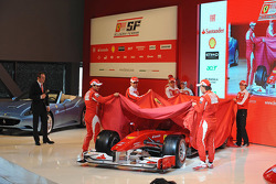 Felipe Massa, Fernando Alonso, Marc Gene, Giancarlo Fisichella and Luca Badoer unveil the Ferrari F10