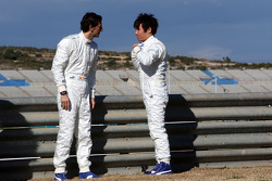 Pedro de la Rosa, BMW Sauber F1 Team, Kamui Kobayashi, BMW Sauber F1 Team- BMW Sauber F1 Team Launch
