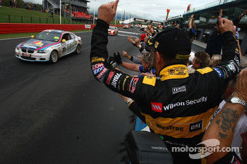 Garry Holt, Paul Morris and John Bowe take out the 2010 Bathurst 12 Hour