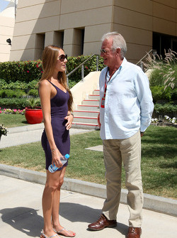 Jessica Michibata girlfriend of Jenson Button, John Button, father of Jenson Button
