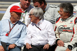 Niki Lauda, 1975, 1977 and 1984 F1 World Champion, Bernie Ecclestone, Mario Andretti, 1978 F1 World Champion