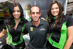 Ed Brown poses with lovely Patron girls
