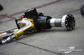 Mercedes GP air gun