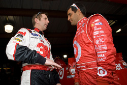 Greg Biffle, Roush Fenway Racing Ford and Juan Pablo Montoya, Earnhardt Ganassi Racing Chevrolet