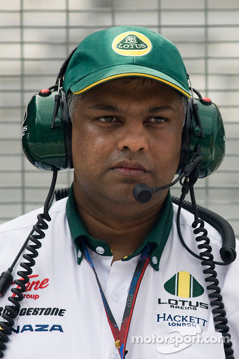Tony Fernandes, Lotus-Cosworth