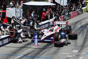 Dan Wheldon, Panther Racing makes pitstop