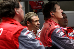 Tom Kristensen watches the end of the race