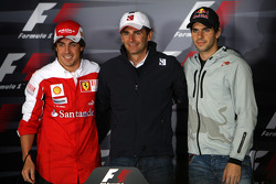 The 3 spanish drivers, Fernando Alonso, Scuderia Ferrari, Pedro de la Rosa, BMW Sauber F1 Team, Jaime Alguersuari, Scuderia Toro Rosso