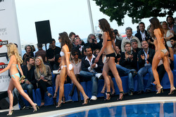 Amber Lounge Fashion Show, Nico Hulkenberg, Williams F1 Team watch the Girls