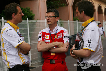 Steve Nielsen, Renault F1 Team, Sporting Manager with Chris Dyer, Scuderia Ferrari