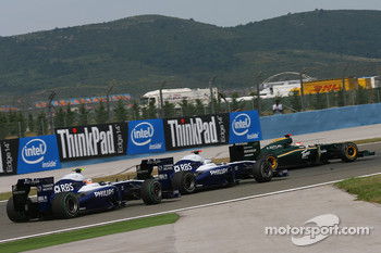 Nico Hulkenberg, Williams F1 Team with Rubens Barrichello, Williams F1 Team and Jarno Trulli, Lotus F1 Team