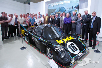 Ceremony to commemorate Jean Rondeau and Jean-Pierre Jaussaud 30th anniversary in the 1980 24 Hours of Le Mans: Jean-Pierre Jaussaud, former Rondeau team members and ACO officials pose with the winning Rondeau M379B