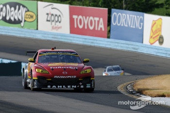 #42 Team Sahlen Mazda RX-8: Joe Nonnamaker, Will Nonnamaker, Joe Sahlen