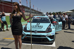 Грід-гьол для Стефано Коміні, Leopard Racing, Volkswagen Golf GTI TCR