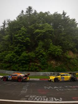 #67 Porsche GT3 MR: Guido Wirtz, Oleg Kvitka; #38 Bentley Team Abt, Bentley Continental GT3: Christian Menzel, Guy Smith, Marco Holzer, Fabian Hamprecht