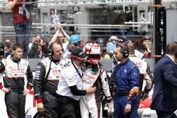 #5 Toyota Racing Toyota TS050 Hybrid: Kazuki Nakajima with Rob Leuben, Toyota Motorsport after the checkered flag