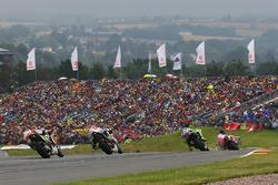 Andrea Dovizioso, Ducati Team; Valentino Rossi, Yamaha Factory Racing; Hector Barbera, Avintia Racing; Cal Crutchlow, Team LCR, Honda