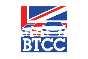 BTCC Race report Airwaves Racing digs deep at Donington Park