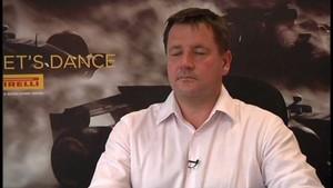 F1 Pirelli 2011 - Singapore - Paul Hembery Interview