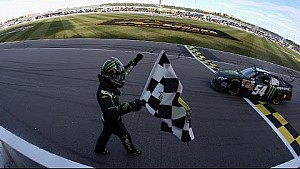 Kyle Busch wins at Kansas