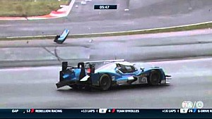 Gustavo Yacaman and Richard Bradley crash at Fuji WEC