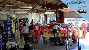 Earnhardt Jr. wrecks with Allmendinger, Buescher