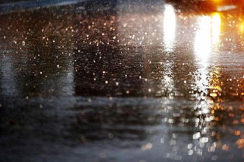 Így szakad az eső a Red Bull Ringen: ez gond (videó)