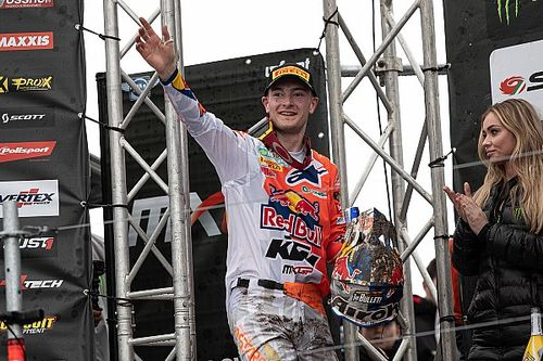 Herlings teamgenoot van Albon tijdens Formule 1 Virtual Grand Prix