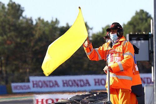 Confusion et critiques perdurent sur les drapeaux jaunes