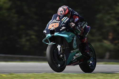 Doblete de Petronas en la primera jornada de entrenamientos en Brno
