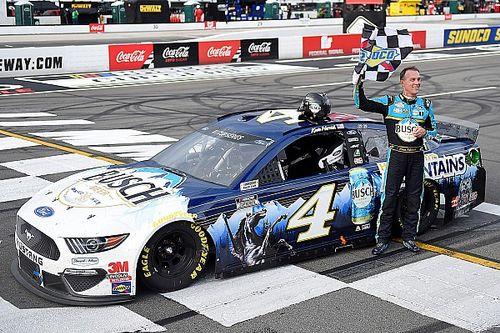 NASCAR: Harvick vence pela primeira vez em Pocono pela Cup; domingo será inédito com provas das três categorias