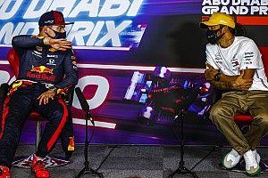 Ha Hamilton nem ír alá, Verstappen már jövőre a Mercedesben ülhet?
