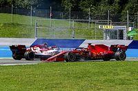 Eski F1 pilotları, Vettel'i eleştirdi
