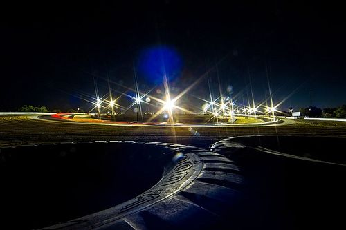 Supercars could race midweek, under lights in Darwin