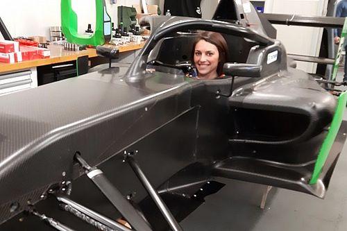 Fotostrecke: Sharon Scolari im Cockpit der Regional Formula