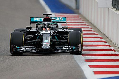 Hamilton escapa de punição por violação de regra na curva 2; entenda