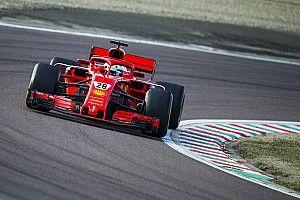 Alesi per direct weg bij Ferrari, zoekt heil in Japan