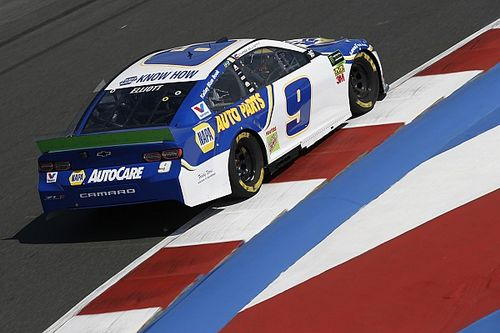 Chase Elliott tops final practice; issues for Truex, Bowman