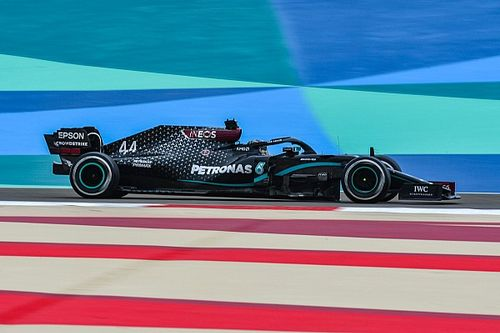 F1, Bahrain, Libere 1: Hamilton fa subito il vuoto