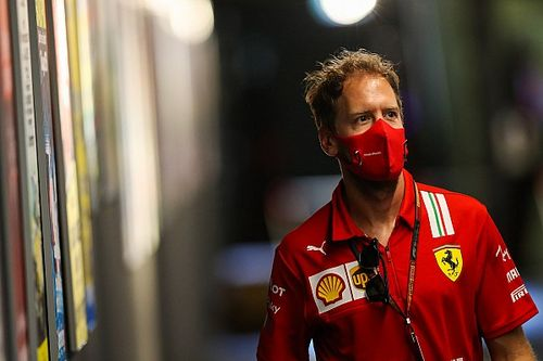 "Horner gives ""definite no"" to Vettel return to Red Bull"
