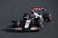 Nem hiába panaszkodik Grosjean folyamatosan a Haas autójára, nagy baj van vele