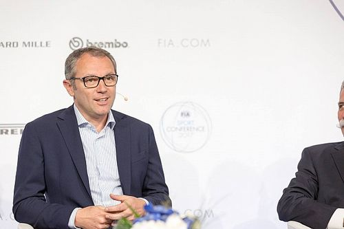 "Team bosses back ""good guy"" Domenicali for F1 CEO role"