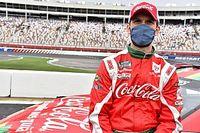 Cantor Pitbull se torna sócio de equipe da NASCAR