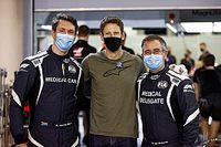 GALERIA: Grosjean volta ao paddock e gera comoção ao encontrar Haas e equipe médica que o socorreu