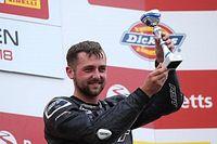 Piloto de Superbike britânico Ben Godfrey morre após acidente em Donington Park