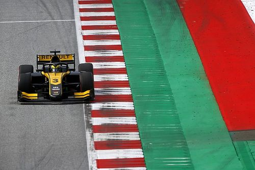Red Bull Ring F2: Renault protege Zhou takes dominant pole