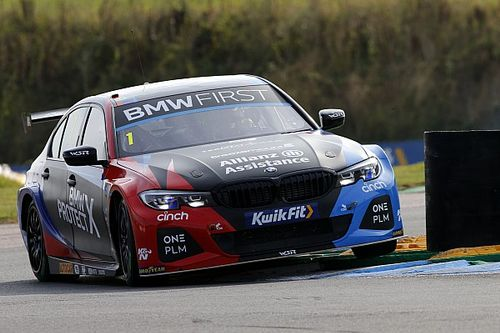Silverstone BTCC: Turkington back in points lead after win