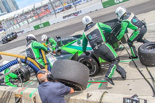 Being part of an IndyCar pit stop crew